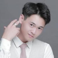 魏小勋用心唱歌